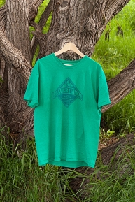 T-shirt: Beaver Canoe (Kelly Green)