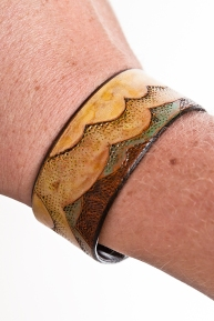 Leather Bracelet: Air detail
