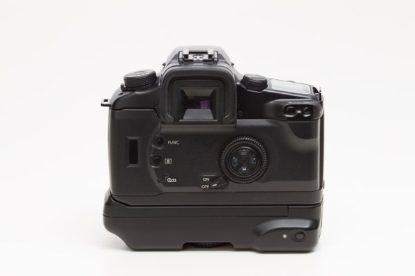 Canon EOS Elan 7 Camera w/ BP-300 Vertical Grip
